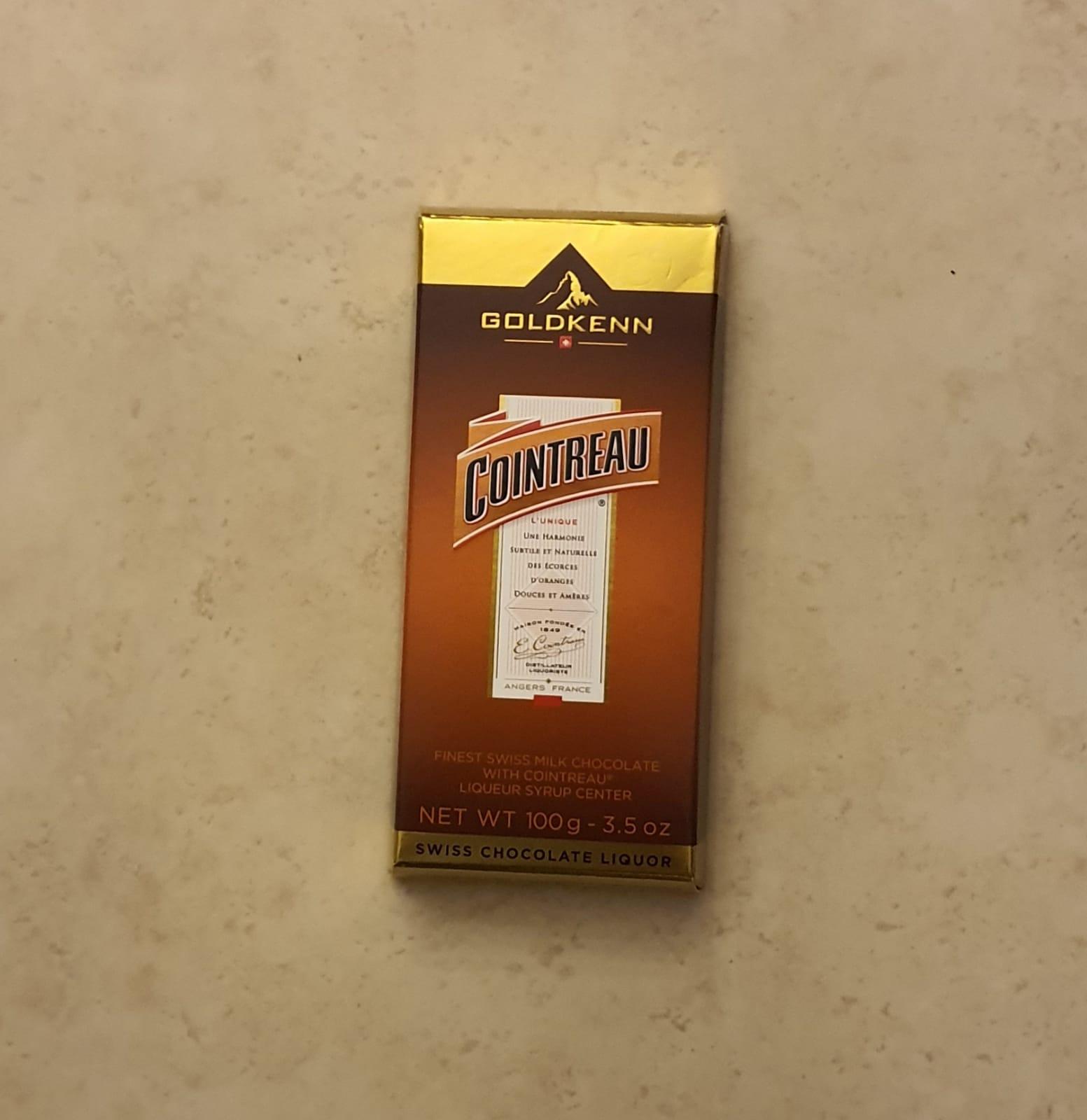 שוקולד במילוי קואנטרו