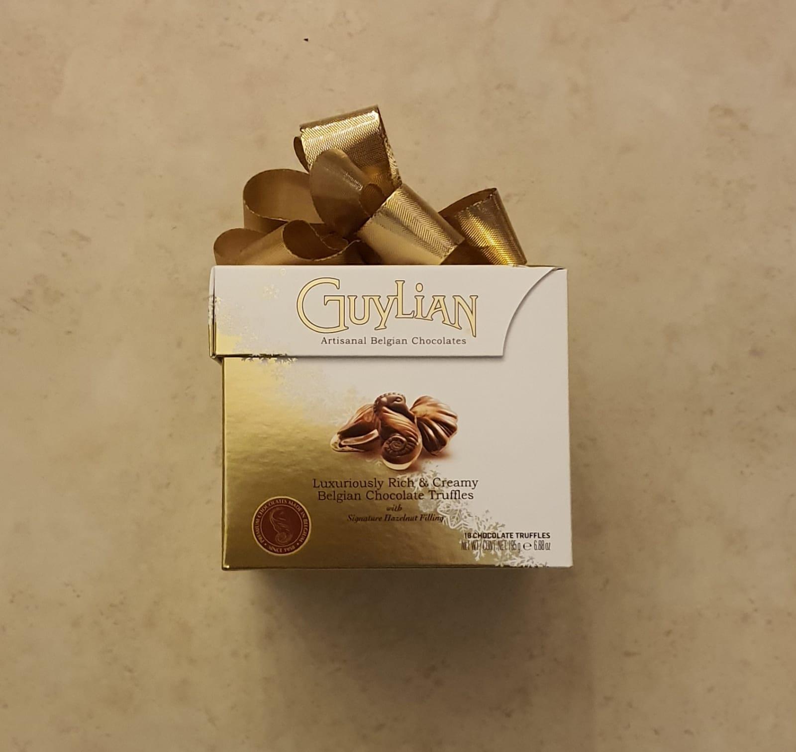 שוקולד באריזת מתנה